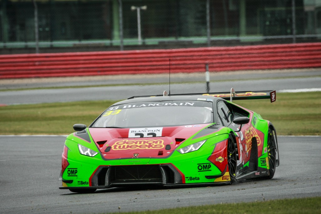 Minshaw tops FP1 at Silverstone, Frers quickest in Iron Cup